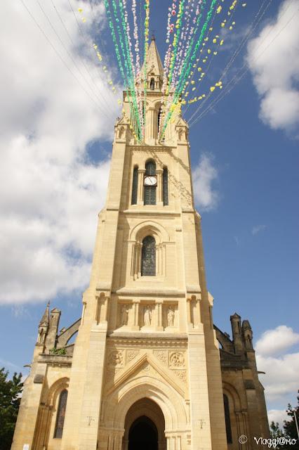 La Chiesa di Notre Dame di Bergerac con il campanile alto 80 mt.