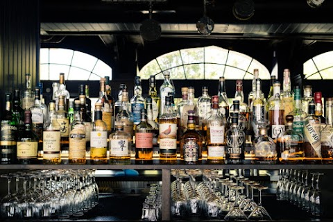 Whiskey: The Ultimate Guide