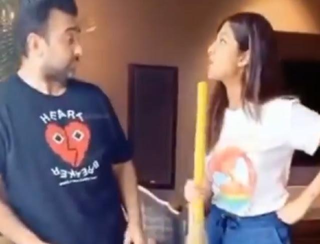 शिल्पा शेट्टी ने पति को थमाया झाड़ू, तो पति ने जो किया देखिए मजेदार वीडियो