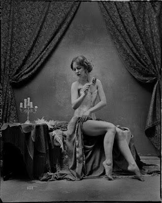 desnudo-fotos-blanco-y-negro-mujer-avel-Titovich