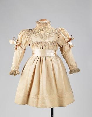 Платье девочки 19 века