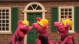 Three Little Pigs building a house, Sesame Street Episode 4319 Best House of the Year season 43