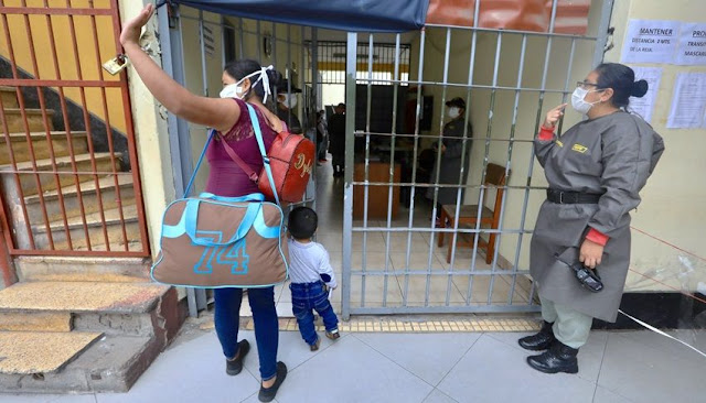 Liberan en Perú a 1754 presos para reducir propagación de Covid-19