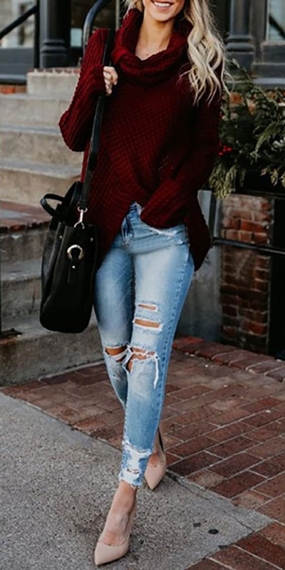 Fall in love this winter season with these cozy sweater outfits. Winter Fashion via higiggle.com | maroon sweater | #sweater #winter #fashion #jumper
