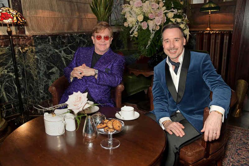 O 29º prémio anual Elton John AIDS Foundation Academy Awards Pre-Party, organizado por Emmy e pelo actor vencedor do Tony Award Neil Patrick Harris, juntamente com Sir Elton John e David Furnish, angariou 3 milhões de dólares para o esforço global para acabar com a SIDA, graças aos generosos doadores, patrocinadores e apoiantes.
