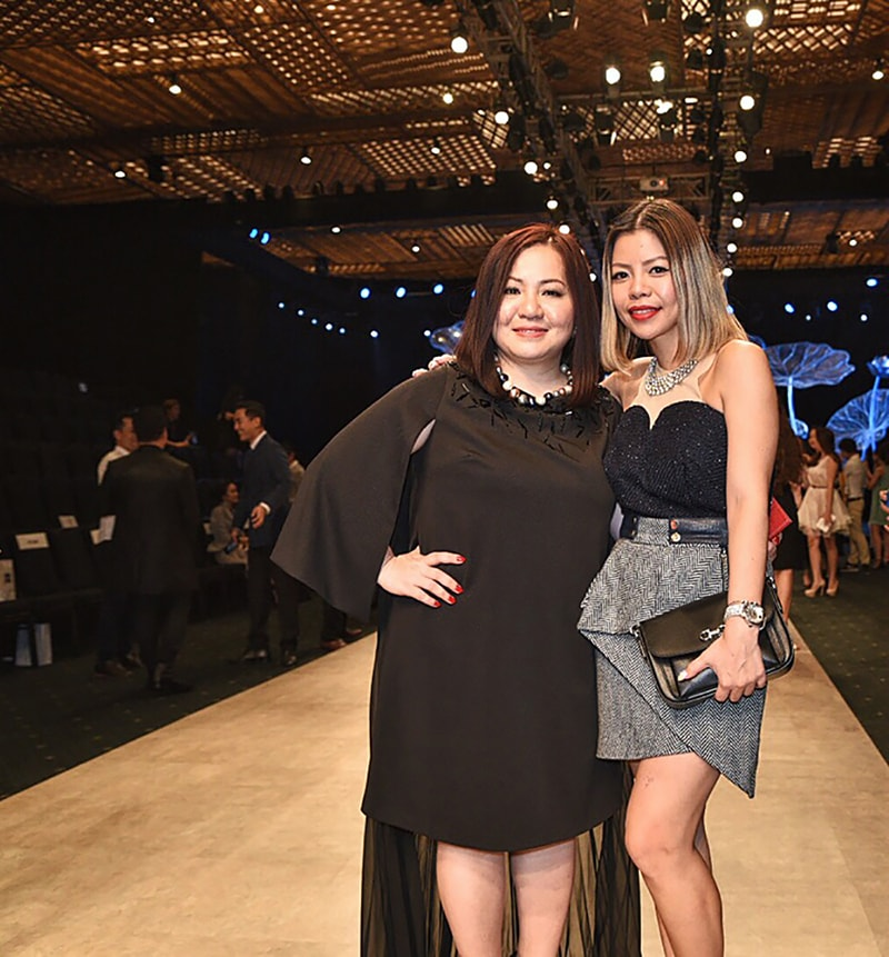 Vietnam International Fashion Week 2016- Day 3- Crystal Phuong & Trang Le