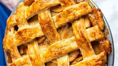The Best Homemade Apple Pie Recipe - www.uniquegiftstips.com