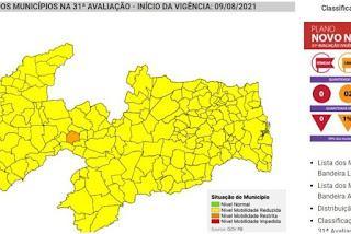 Paraíba tem 99% dos municípios em bandeira amarela, mas taxa de transmissão da covid-19 se mantém alta