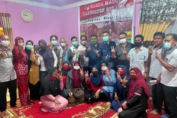 Sosialisasi Rupinus-Aloysius di Kampung Tebal Desa Sungai Ringin