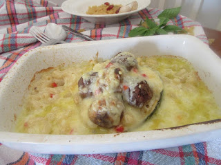 Tikvice u bešamelu /  Zucchini in bechamel