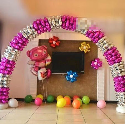 Contoh Kombinasi Balon Foil Empat Hati & Balon Foil Karakter
