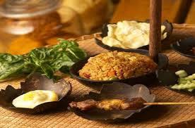 Kuliner Indonesia - Kampung Daun