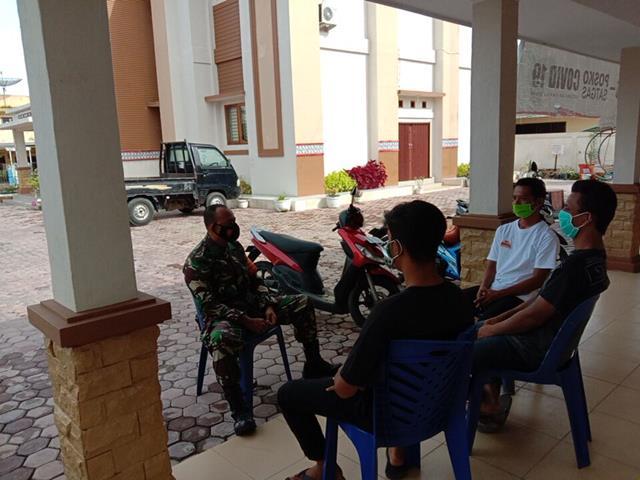 Jalin Keakraban Dengan Warga, Personel Jajaran Kodim 0207/Simalungun Laksanakan Komsos Diwilayah Binaan