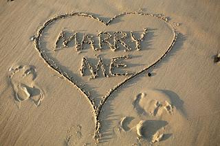planera bröllop, allt om kyrklig vigsel, gifta sig i kyrkan, bröllopsblogg, blogg om bröllop, mitt ljuva hem, mittljuvahem, mittljuvaheminsta, bröllopsfest, bröllopsmiddag, underhållning bröllop, frieri