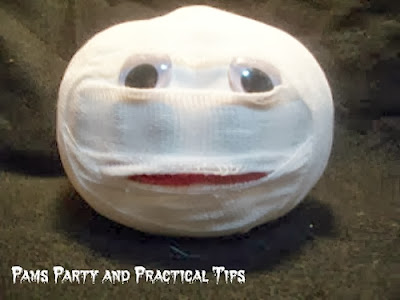 How to make a mummy pumpkin