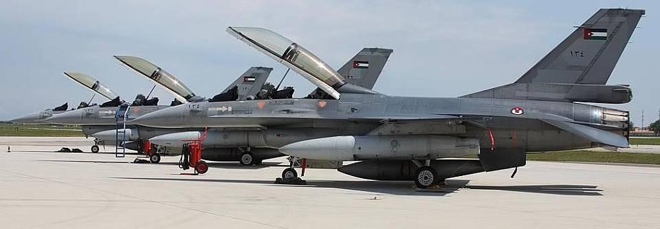 США схвалили продаж Йорданії навчального центру для пілотів F-16