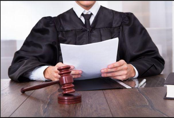 محامي في جده
