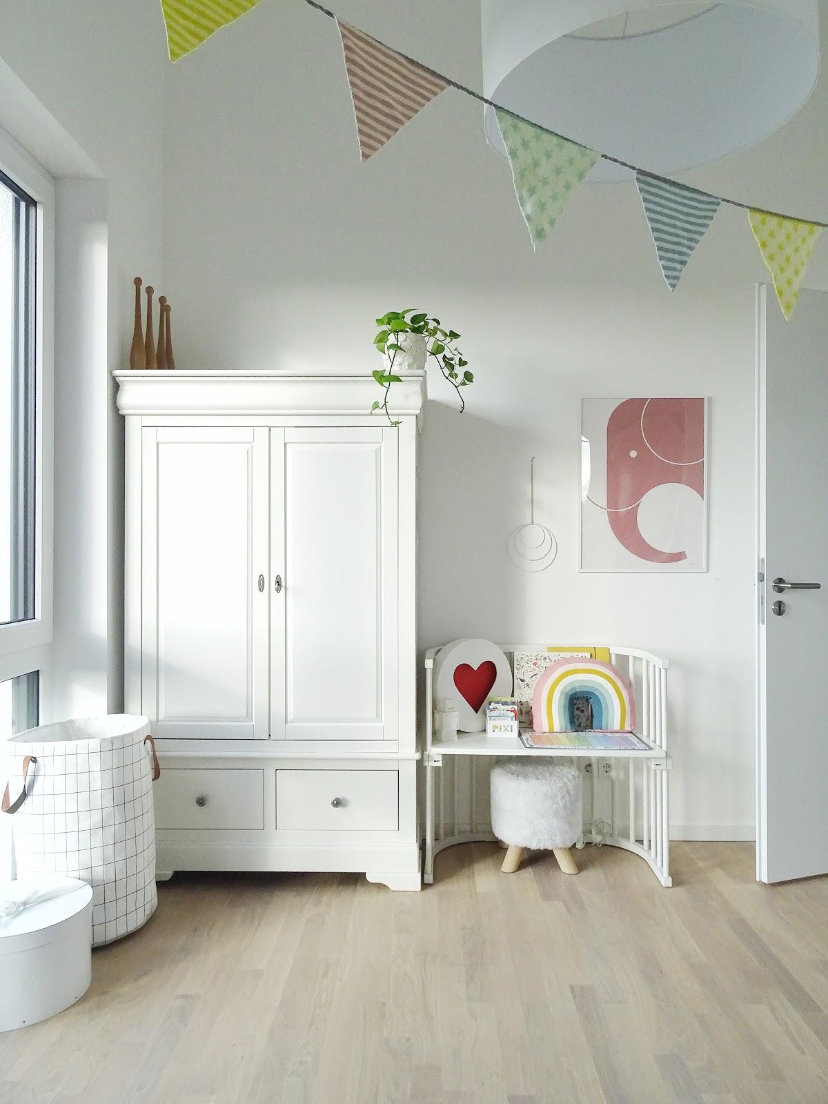 Kinderzimmergestaltung und Deko-Ideen | Fotoaktion #12von12 und 1 Tag in 12 Bildern | https://mammilade.blogspot.de