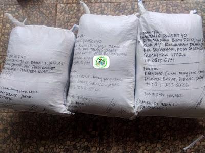 Benih padi yang dibeli   BAMBANG PRASETYO Palembang, Sumut.  (Setelah packing karung ).