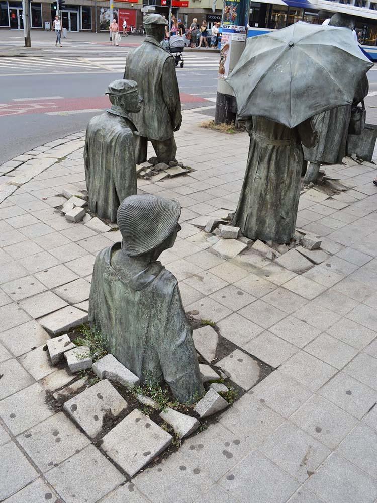 Le sculture più strane del mondo