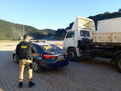 PRF prende quadrilha especializada em roubos de caminhões e cargas na Régis Bittencourt