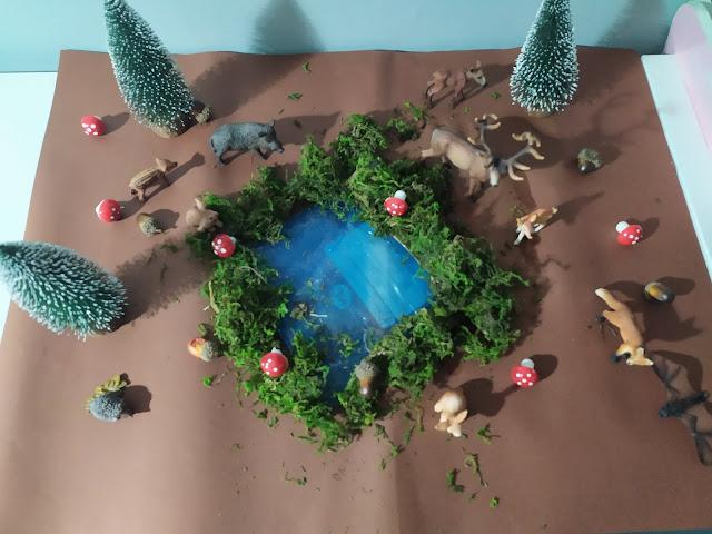 Notre thème sur les animaux de la forêt  et sur l'automne