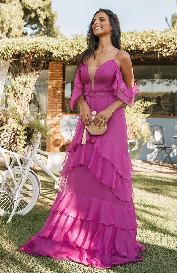 vestido longo violeta para casamento durante o dia