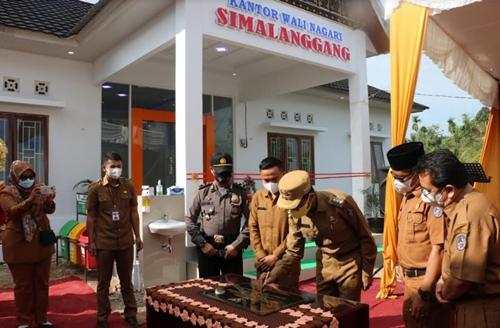 Resmikan Gedung Kantor Wali Nagari Simalanggang, Bupati Limapuluh Kota Himbau Masyarakat Taat Prokes Covid 19