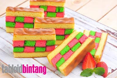Cake Panggang Domino