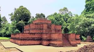 16+ Peninggalan Kerajaan Sriwijaya dan Gambarnya (Candi, Prasasti, dll)