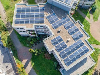 pannelli fotovoltaici-impianto fotovoltaico-energia elettrica