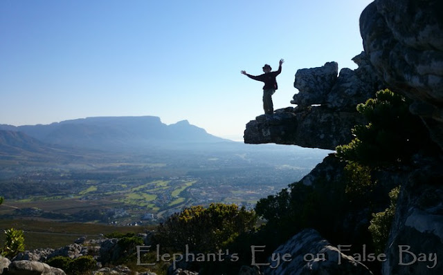 From Wolfkop in Silvermine looking to Table Mountain