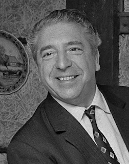 Mantovani's popularity was based on light orchestral 'easy listening' music