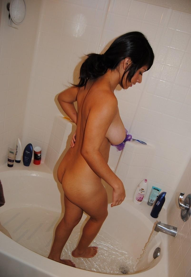 Indian Girls Naked Bath