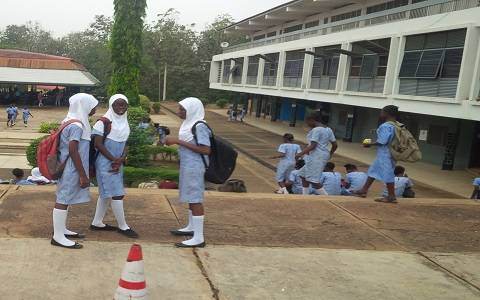 University Of Ibadan International School Gives Female Student 2 Weeks Suspension For Wearing Hijab