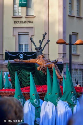 http://invisible-slg-photos.blogspot.com.es/2015/04/procesion-de-las-7-palabras-logrono-2015.html