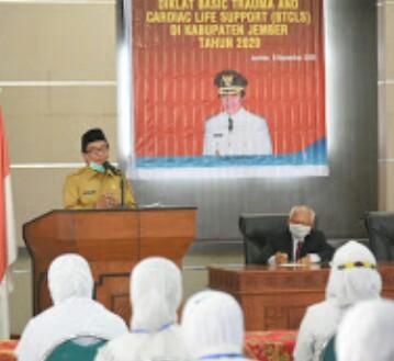 Plt Bupati Jember Bekerja sama  Dengan Provinsi  Jatim Membuka Pelatihan BTCLS  Dorong Terbentuknya SDM  Tangguh