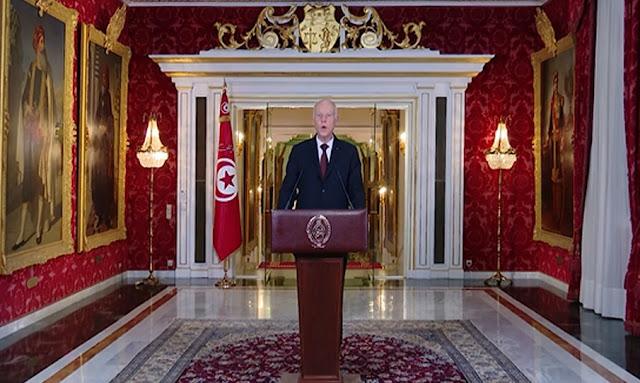 رئيس الجمهورية قيس سعيد وقّعت على إعلان حالة الطوارئ كمن يقبض على الجمر