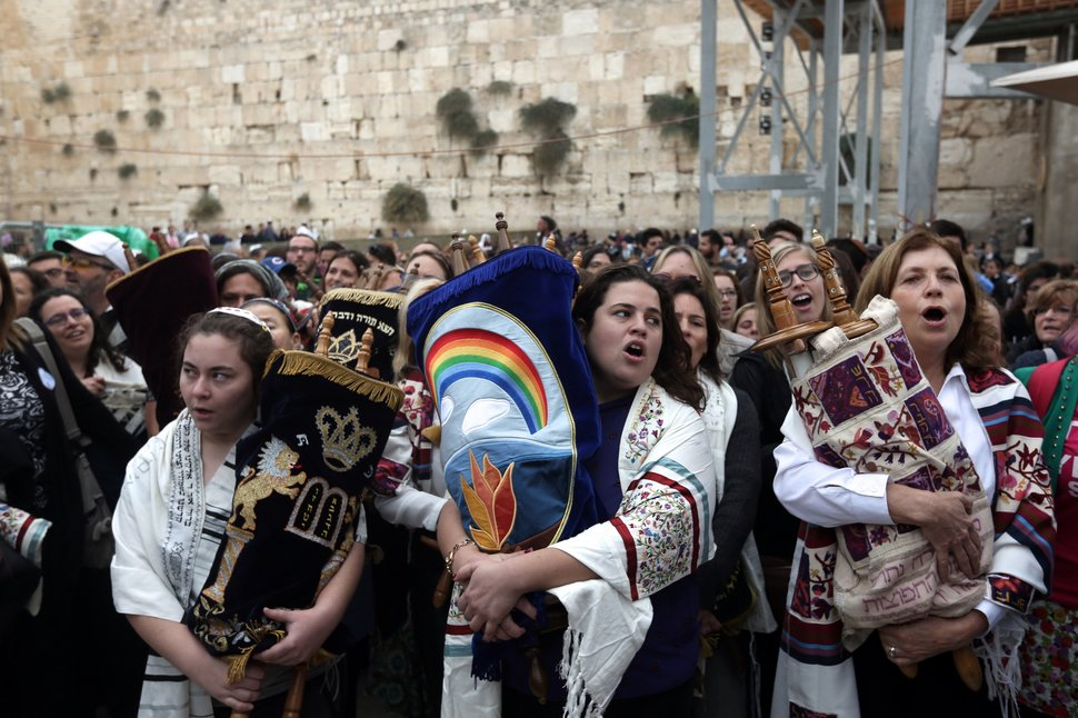 35 Photos Of Protesting Women That Portray Female Power - Israel