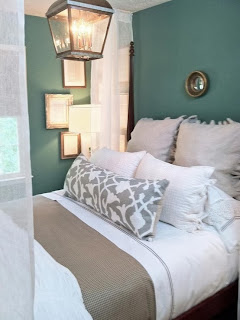 Dormitorios en gris y turquesa dormitorios colores y estilos - Decoracion ropa de cama ...