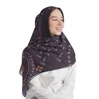 Jual Online Wayan Scarf - Deep Navy Hijab Beatufy