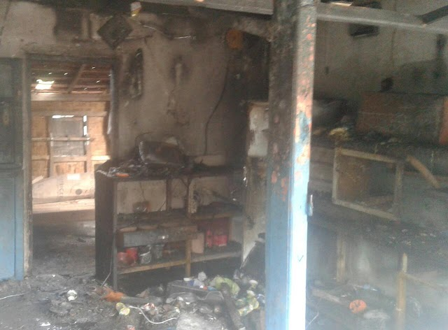 Kios Terbakar di Desa Timu, Total Kerugian Sekitar Rp30 Juta