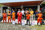 Camat Tambora, Bersama Tim Gugus Tugas Covid-19, Adakan Penyemprotan Disinfectan Pada 6 Kelurahan