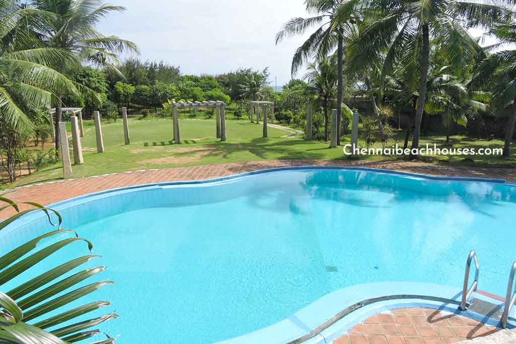 laughing water beach house for hire in ecr