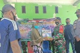 TNI Salurkan Bantuan Pasca Gempa di Maluku Tengah