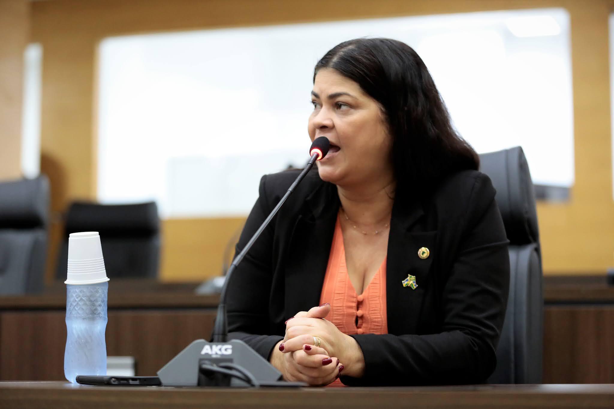 Deputada Cássia destina recursos para construção de biblioteca em Jaru