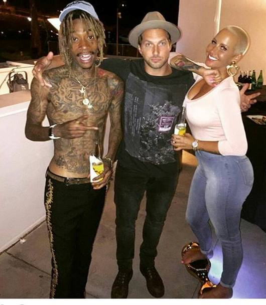 Wiz Khalifa, Amber Rose Look Amicable in Photo With
