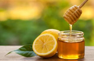 Manfaat minum madu dan lemon dengan air hangat