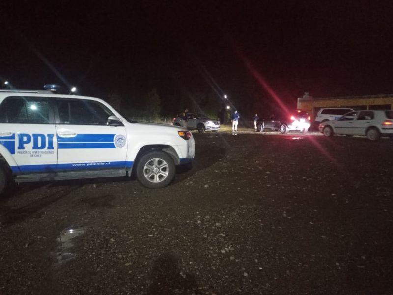 PDI descubre a 55 personas al interior de centro deportivo en Puerto Montt
