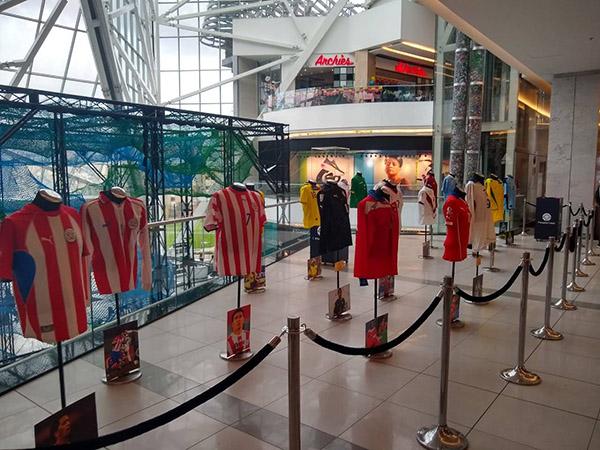 Parque-La-Colina-museo-camisetas-originales-leyendas-fútbol-suramericano